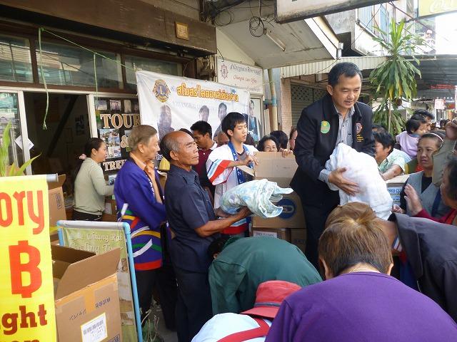 タイ古着支援