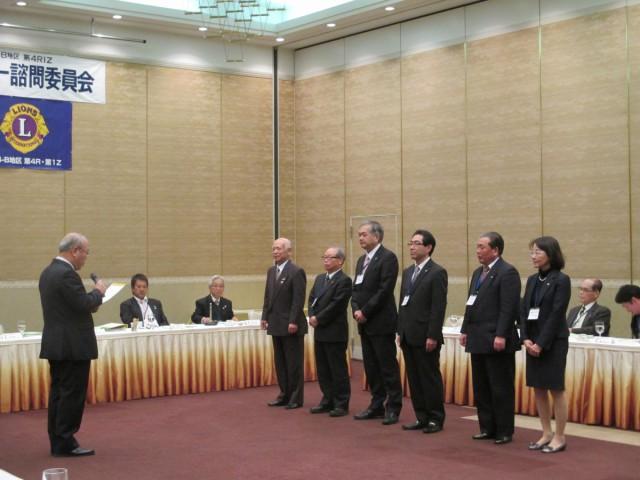 第一副会長L玉置治郎が代理で受け取りました。
